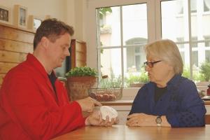 Brandschutz für Senioren - Rauch- und Thermomelder bieten Höchstmaß an Sicherheit