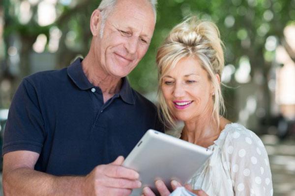Warum haben Frauen eine höhere Lebenserwartung als Männer? © contrastwerkstatt – Fotolia.com