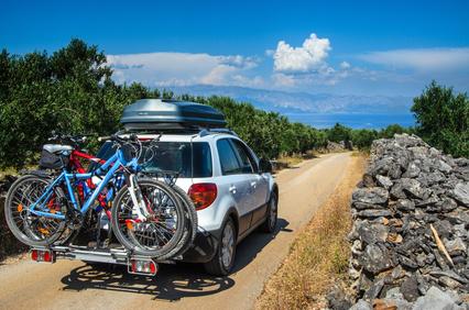 So können Sie Fahrräder auch bei Seitenwind sicher transportieren